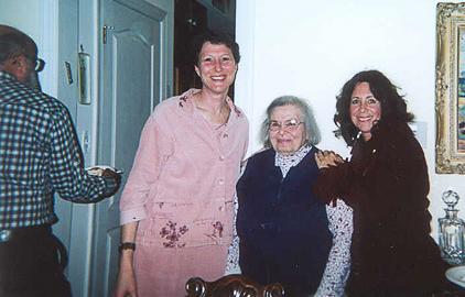Lisa Braunstein, Faye Schneider, Laurie Hessels